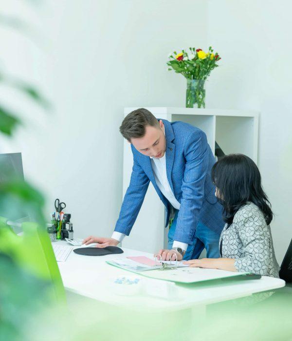 office8PH02161